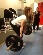 Amy Lewis deadlift on the Ladies Who Lift beginners weight training course for women