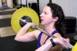 Woman doing front squat