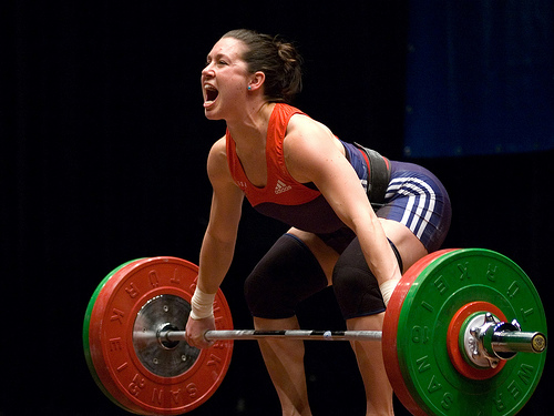 Natalie Burgener attempts a big lift